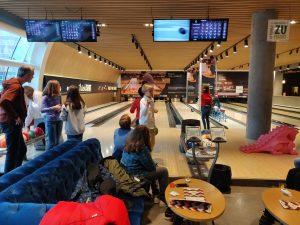 Bowling mit der 6 Klasse - dsbu